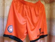 kits-orangeshorts
